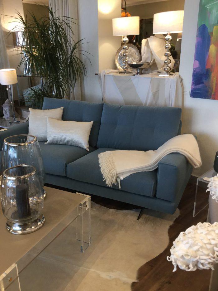 Sofa grau blau