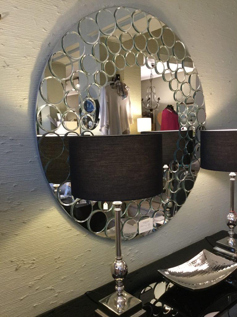 runder Spiegel mit Kreis Ornamenten