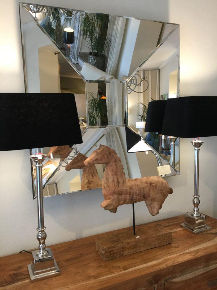 Spiegel quadratisch objekt randlos modern