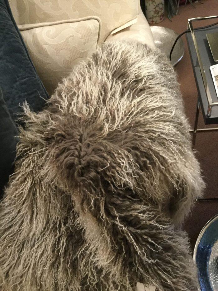 Felldecke Tibetschaf grau