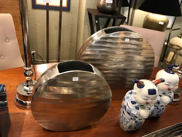 Metall Vasen flach silber